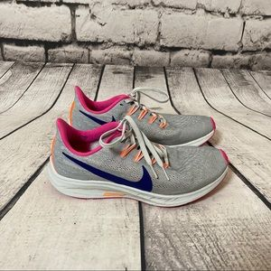 NIKE Zoom Gray Vomero Running Sneakers Size 7